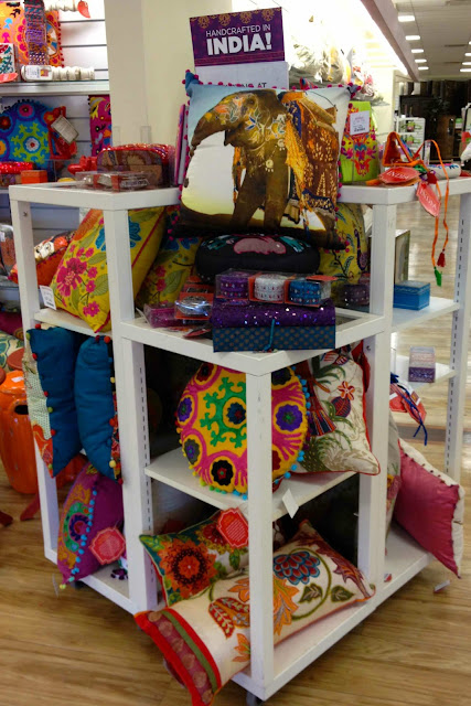 Further Into The Were A Of Large Displays With An Array Home Accessories That Made In India