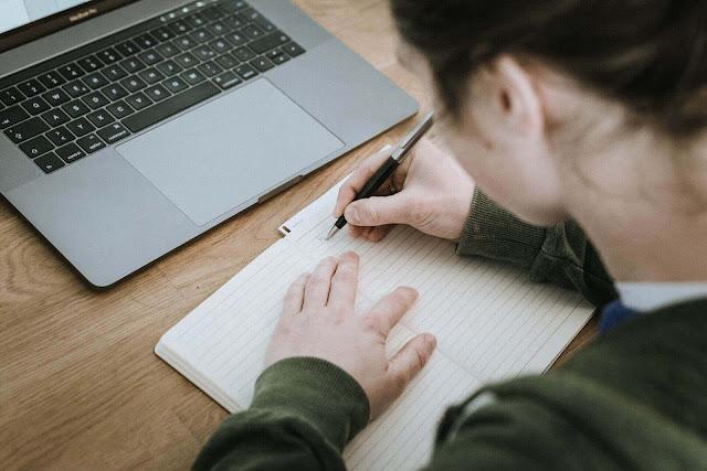 كيفية كتابة رسالة باللغة الألمانية ؟ثمانية خطوات لكتابة الرسالة في اللغة الألمانية !!