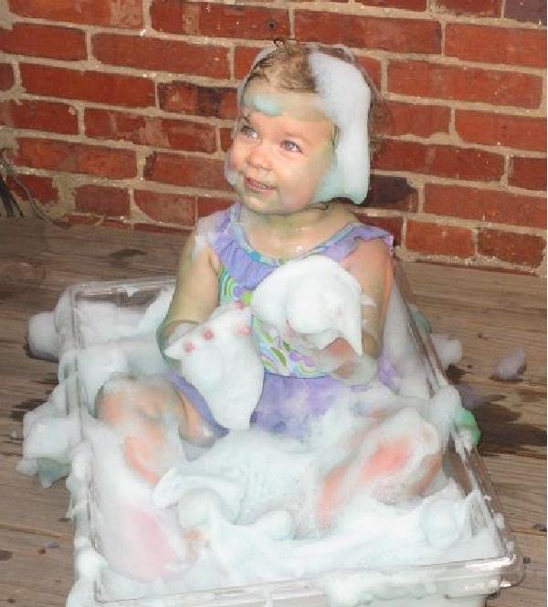 Make rainbow soap foam for kids using Kool-aid! #soapfoam #soapfoamrecipe #playfoamideaskids #rainbowsoap #growingajeweledrose #activitiesforkids