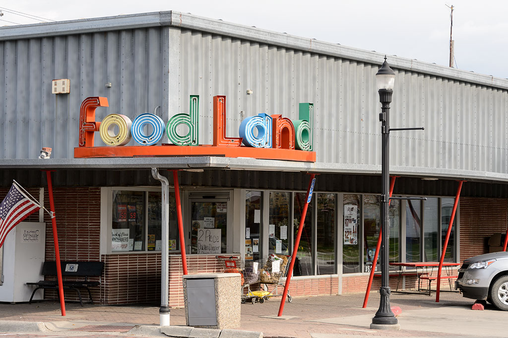 Food Land store in Woodbine, Iowa