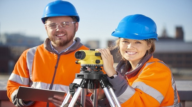 What are the roles of civil engineers