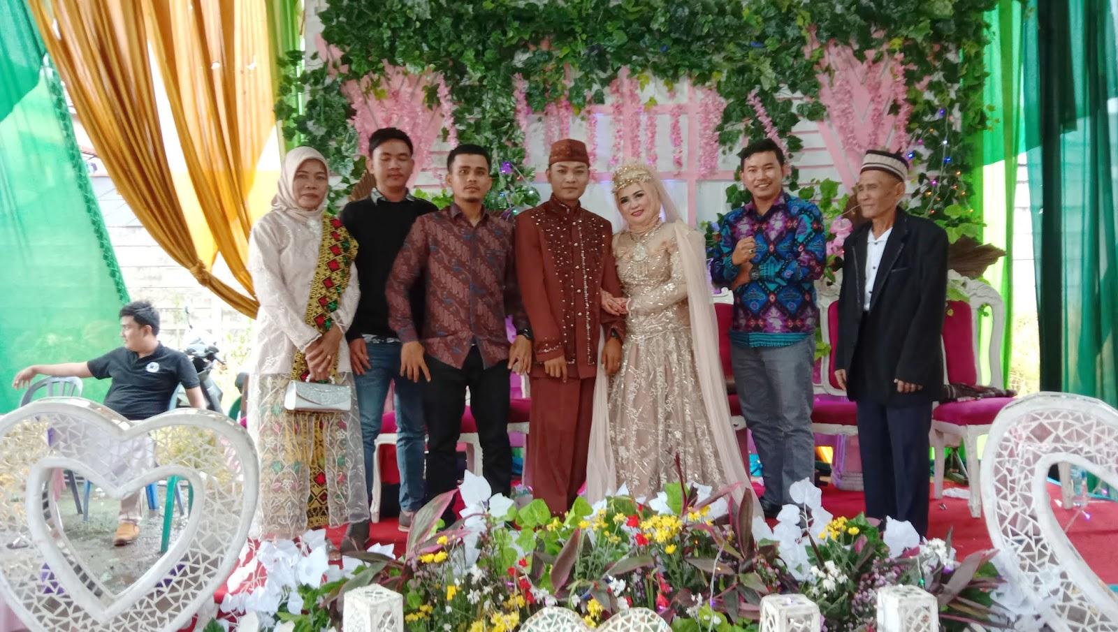 Pernikahan M Nur dengan Hellia