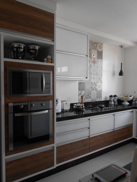 10 Cozinhas com revestimentos de porcelanato ladrilho!  Jeito de Casa  Blog # Cozinha Planejada Masisa