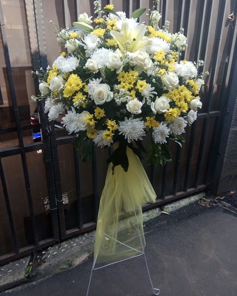 Karangan Bunga Standing Flowers 020
