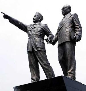 gambar seni rupa patung