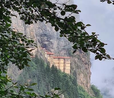Trabzon Sümela Manastırı