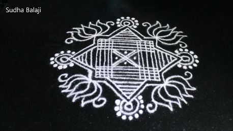 small-simple-padi-kolam-pic-9820a.png