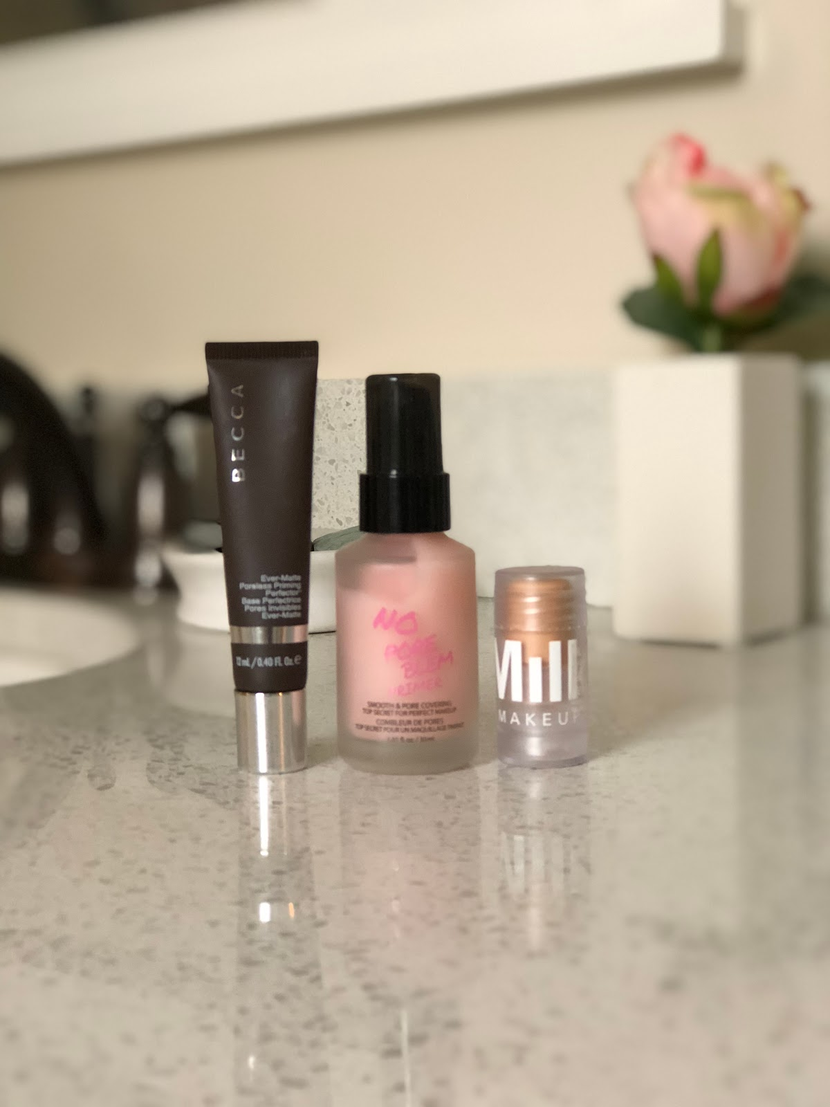 North Carolina style blogger Rebecca Lately continues her Cruelty Free Beauty Battle series with three primers from Sephora. Click here to see which primer wins!