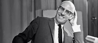 "Cena do filme ""Michel Foucault Contra Si Mesmo"""