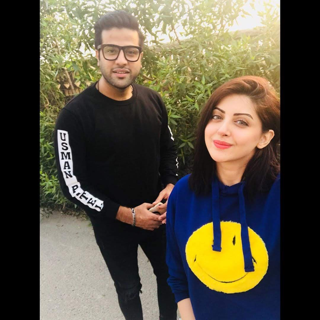 Actress Moomal Khalid Beautiful Pictures with her Husband