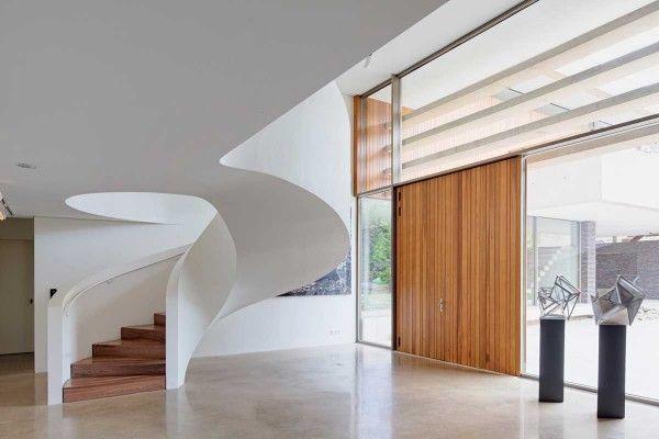 staircase design as per vastu