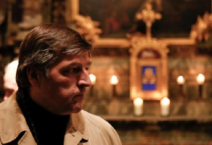 Tolak Fatwa Vatikan, Sejumlah Pastor Tetap Berkati Pasangan Sejenis