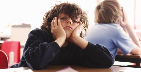 12 Penyebab Anak Malas Belajar dan Solusinya