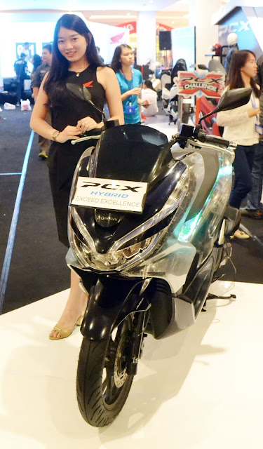 All New Honda PCX Hybrid, PCX Yang Ada Baterainya