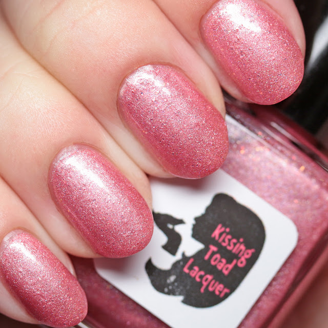 Kissing Toad Lacquer Keeps It Poppin'