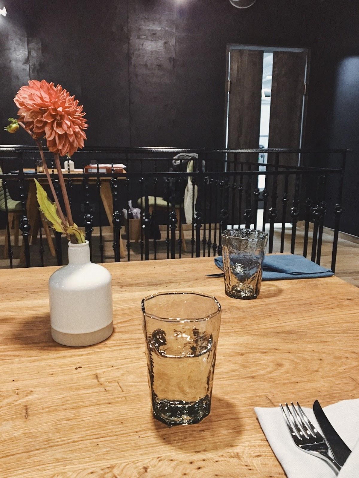 health restoranas