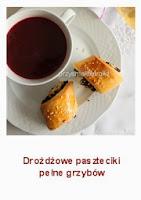http://przysmakikarolki.blogspot.com/2012/12/a-do-barszczu-drozdzowe-paszteciki.html