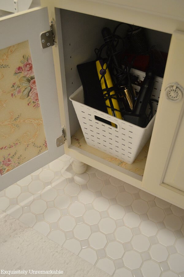 Baskets To Organize The Bathroom