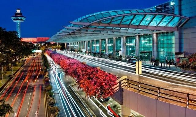 3. Bandara Changi Singapura (SIN)