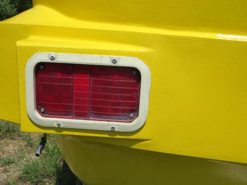 travel trailer tail light