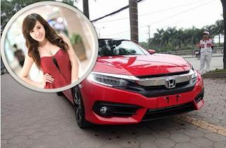 Giá xe Honda Civic, City cùng hotgirl
