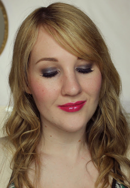 L'Oreal Smokissime Super Liner - Taupe Smoke Swatches & Review