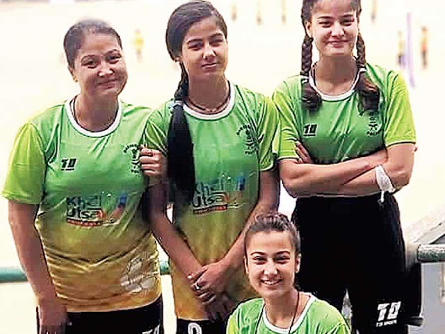 Chandrakala Sharma  and her three daughters who shot to fame for playing football
