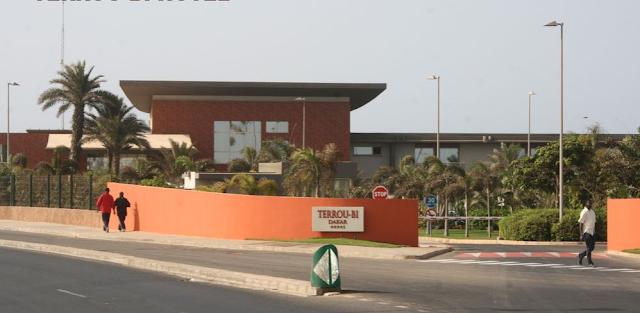 L'HOTEL TERROU- BI : Hôtel, restaurant, plage, bar, buffet, plat, cuisine, séminaire, LEUKSENEGAL, Dakar, Sénégal, Afrique