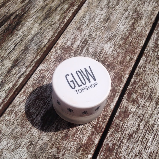 Rosie Reviews: Topshop's Glow Highlighter in Polish