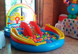alquiler de piscina de pelotas