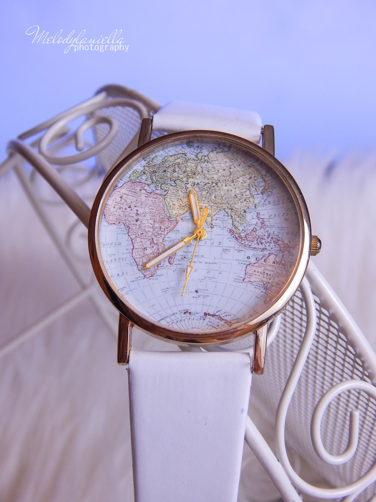 18 Biżuteria z chińskich sklepów sammydress kolczyk nausznica naszyjnik wisiorki z kryształkiem świąteczna biżuteria ciekawe dodatki stylowe zegarki pióra choker chokery złoty srebrny złoto srebro obelisk