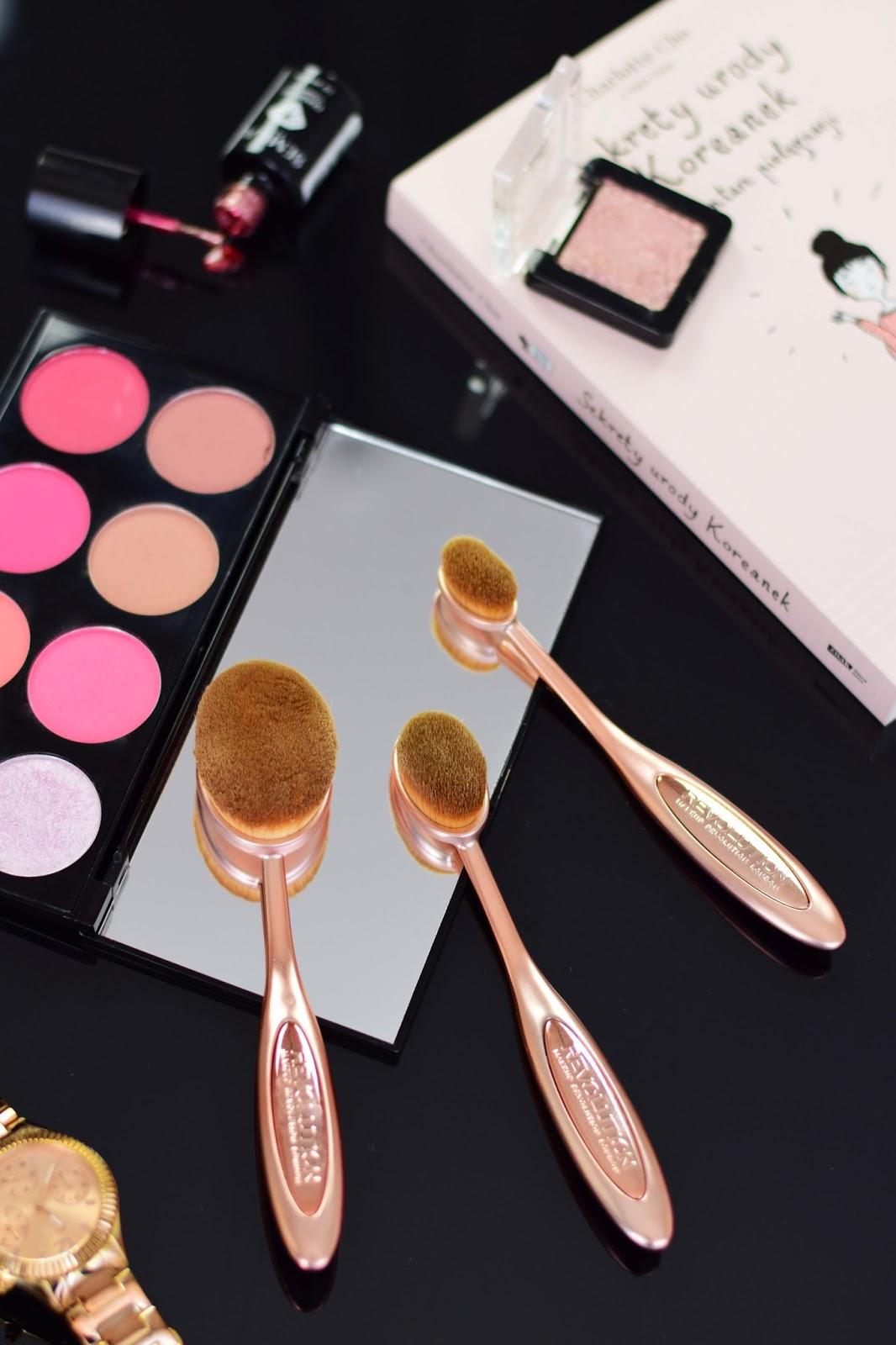 makeup_revolution_precision_contour_set_zestaw_szczotek_do_makijazu_twarzy_opinie_blog