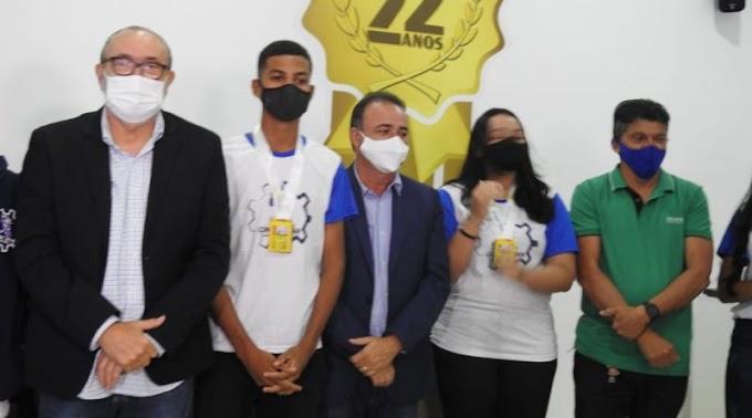 Estudantes bernardenses campeões nacional e internacional de Robótica são premiados em São Luís