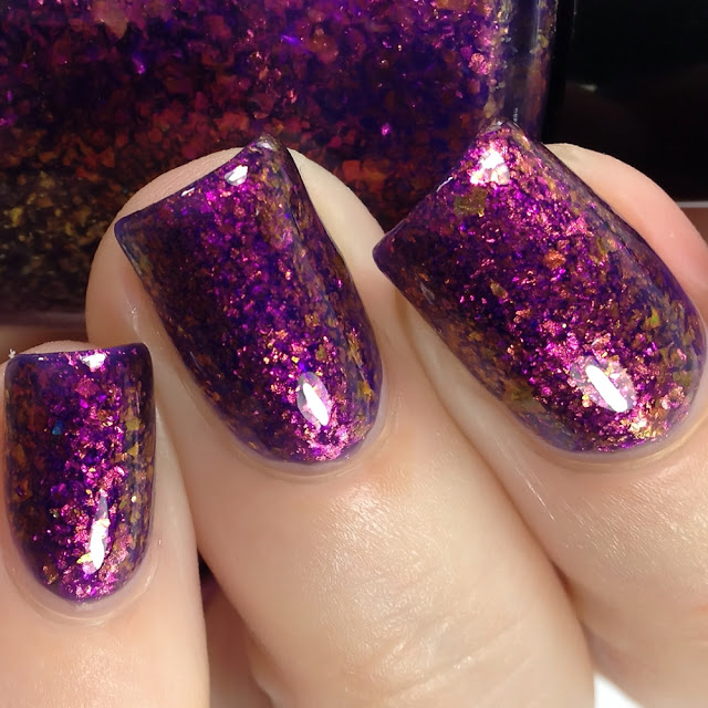KBShimmer-Eyes On The Pies