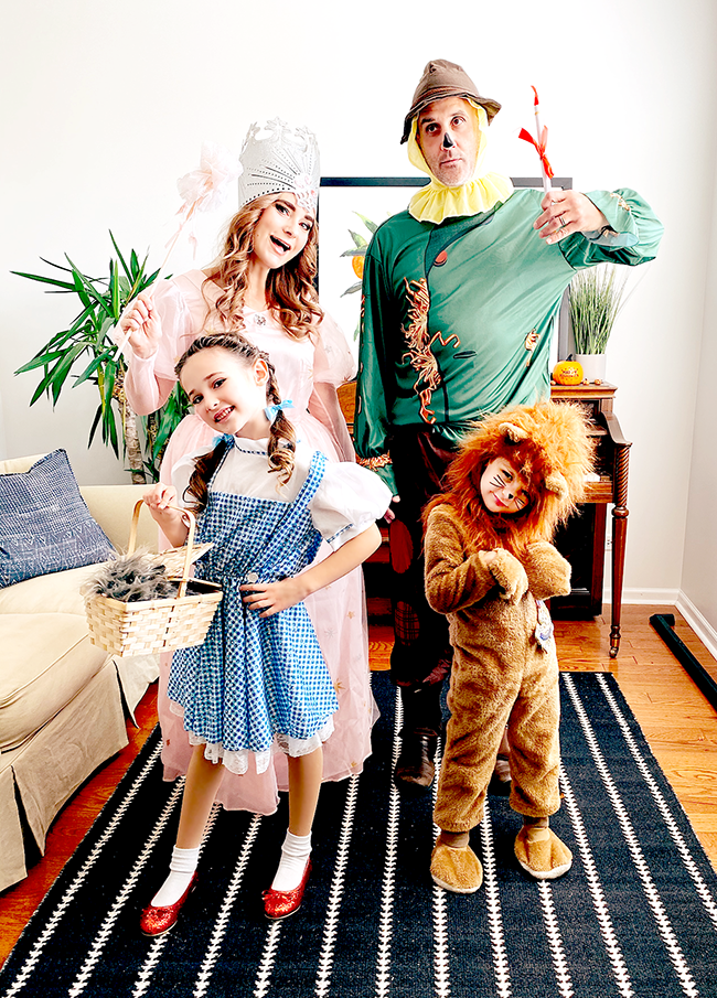 Family Halloween Costumes Wizard of Oz