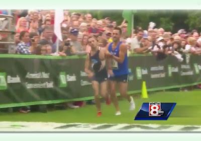 Atleta abre mão de vitória para ajudar competidor que passou mal