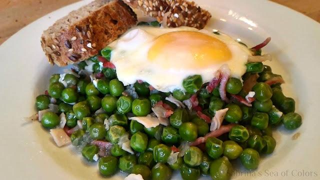 Guisantes_con_jamón_y_huevos