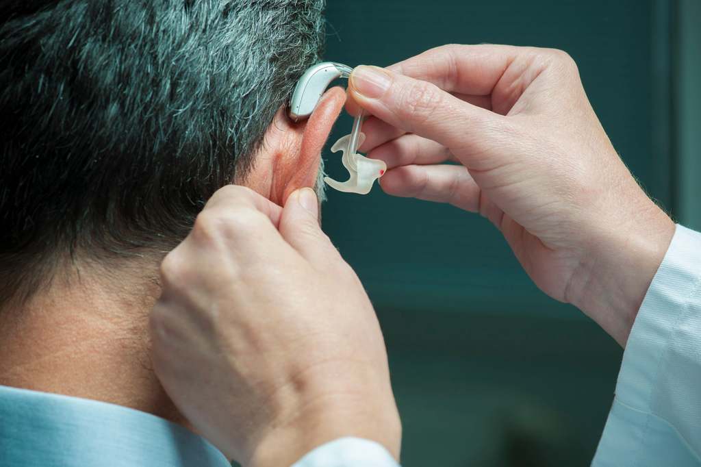 4 Important Benefits Of Hearing Aid