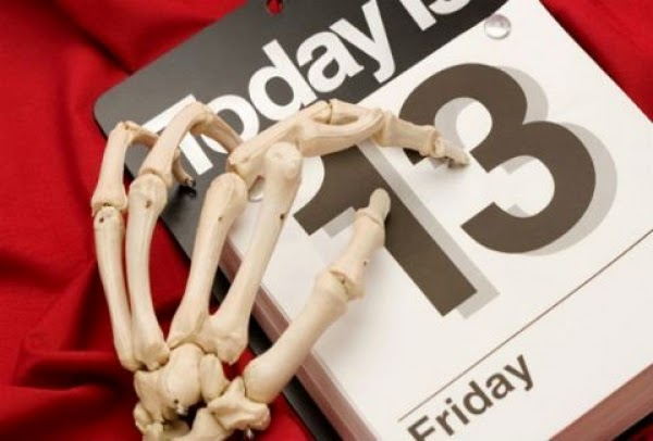 Παρασκευή και 13: Αστικοί μύθοι και δεισιδαιμονίες