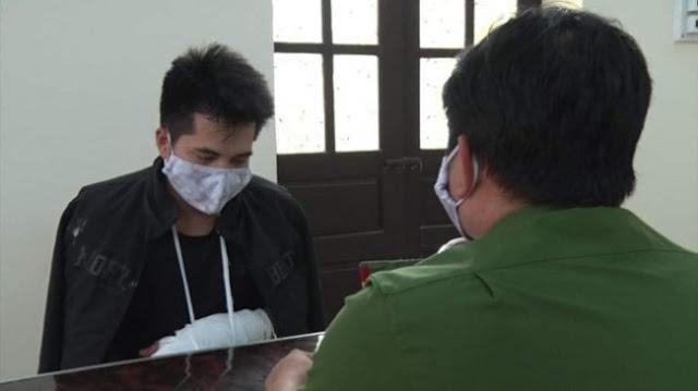 Nguyễn Văn Tác tại cơ quan công an. Ảnh: Thanh niên