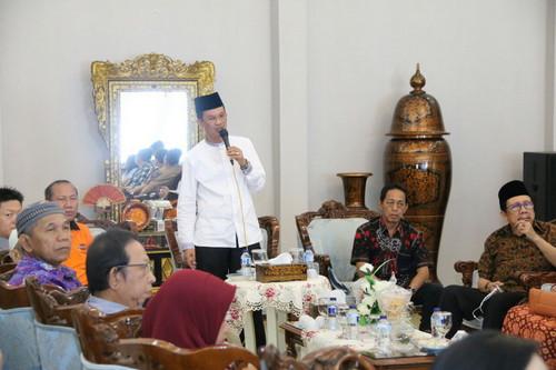 Walikota Palembang Rangkul Pengusaha Pempek di Palembang