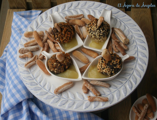 Bombones De Morcilla  Con Compota De Manzana