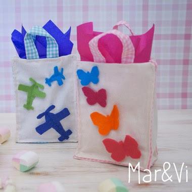 http://marivitrombeta.blogspot.com/2014/03/fiestas-infantiles-detalles-diy-invitados.html