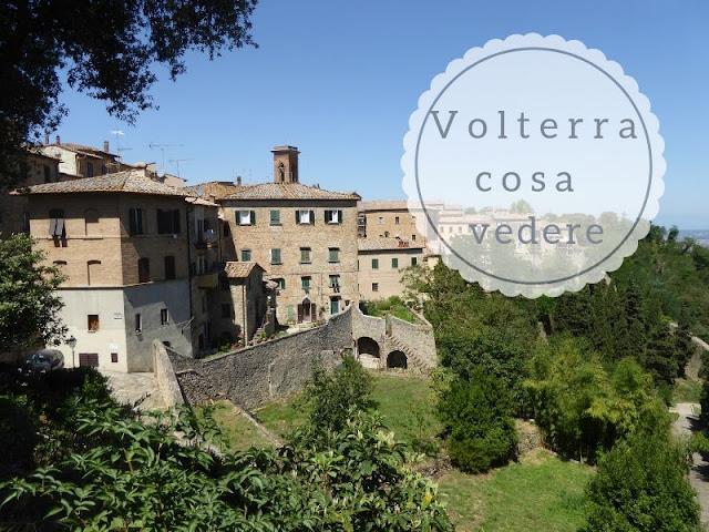 Cosa vedere a Volterra: panorama del borgo