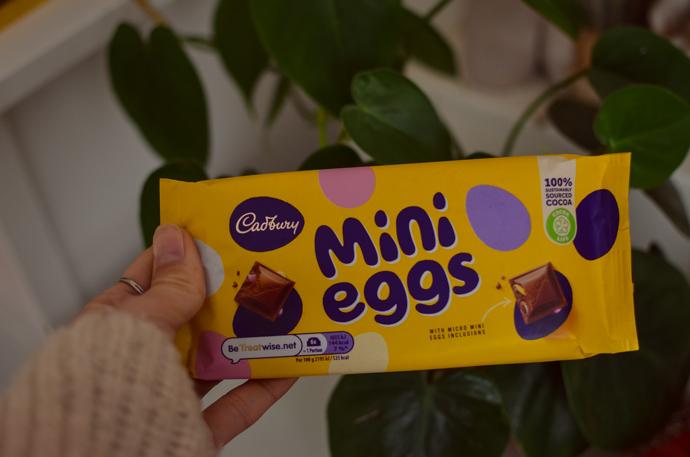 Mini eggs chocolate bar