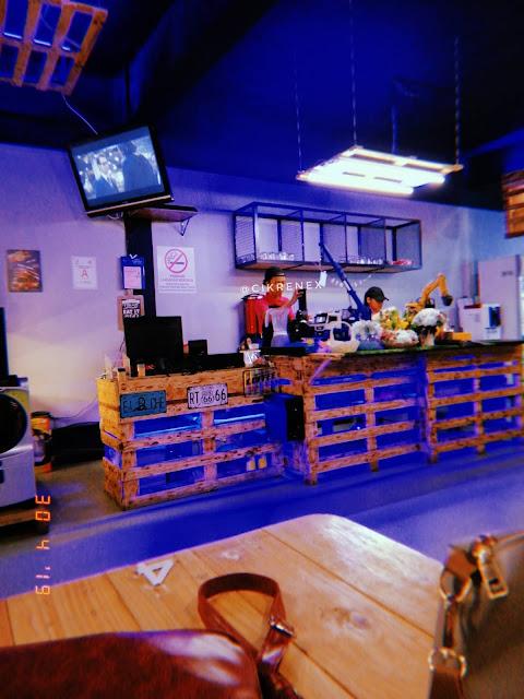 tempat makan hipster