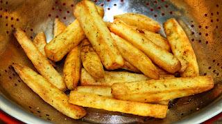 البطاطس النصف مقلية