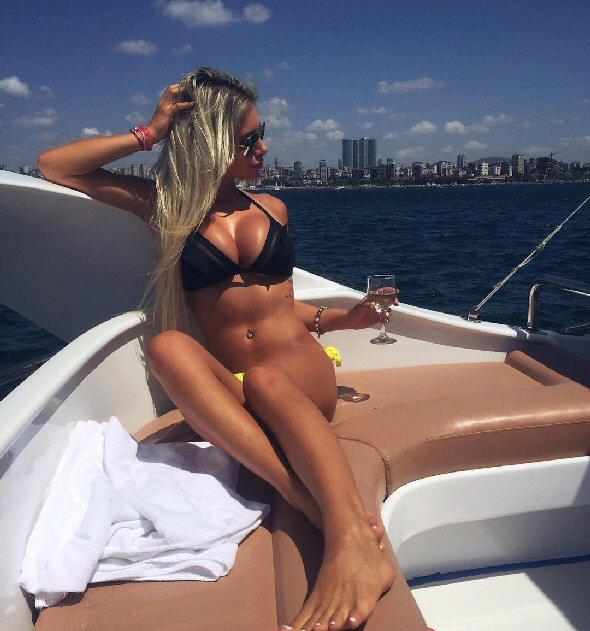 Sexy WAG: Pauli Bedžetiová