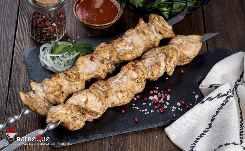 Куриные шашлыки, приготовленные на гриле