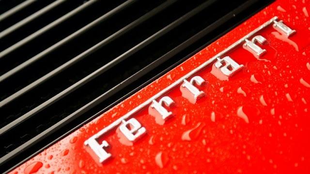Ferrari pide a un diseñador eliminar de Instagram las fotos de su propio Ferrari